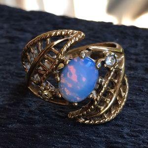 Vintage gold filled opal ring
